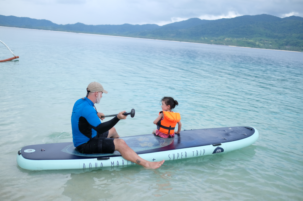 从宾加海滩到Imuaran Island岛休闲立式单桨冲浪
